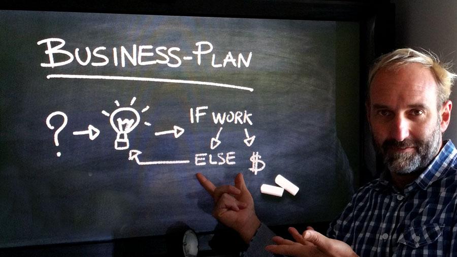 ¿Por qué desconectamos el plan de acción de la estrategia?